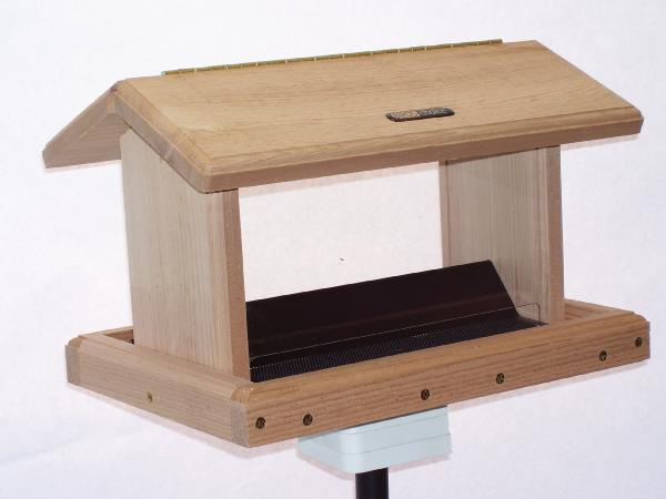 Bird's Choice 5 Quart Cedar 2-Sided Feeder