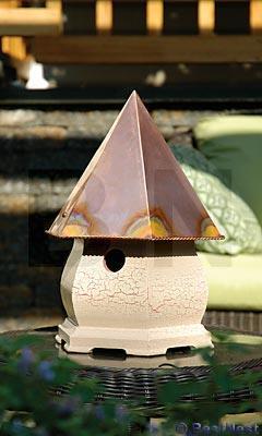 Heartwood Fifth Avenue Birdhouse